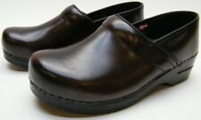 WOMENS SANITA BROWN LEATHER PROFESSIONAL CLOGS SHOES SZ 40 USA 9.5