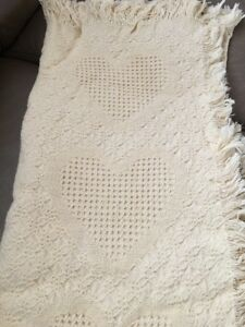 Masterweave Thermal Cotton Blanket Ivory White Hearts Waffle Knit Fringes 50x54""