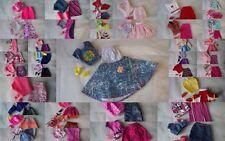 Lot vêtements pour Barbie  jupe+haut + chaussures -LOT AU CHOIX-