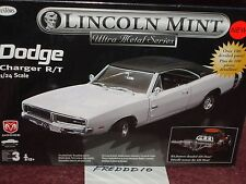 TESTORS/LINCOLN MINT 1969 DODGE CHARGER RT WHITE/BLACK MODEL KIT 1/24 SKILL 3