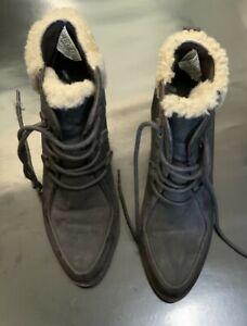 Womens UGG AUSTRALIA Boots And Bag UK Size 4.5