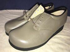 P. W. Minor Ortopédicas Gris Encajes Tacón Plataforma Cómodo Zapato 5.5C Ancho
