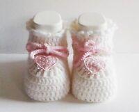 Scarpine neonato di lana realizzate a uncinetto per bimbe + scatolina