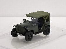 GAZ 67 B Militärjeep, oliv, 1/43, IXO/IST/Kultowe Auta PRL, m.Amjo-Vitrine