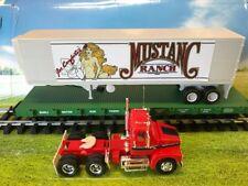 1 USA Trains Flatcar & 1/32 Mustang Ranch AMT ERTL Volvo Truck & Trailer Kit NEW