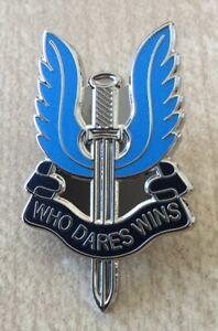 COMMEMORATING 50 YEARS OF THE SAS WHO DARES WINS SOUVENIR ENAMEL PIN BADGE
