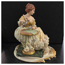 Porzellanfigur King's Porcellane Frau gießt Kaffee ein Figur Tüll Biedermeier