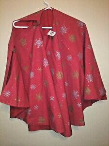 NEW! Saro Red Reversible Gold & Silver Snowflake 52 inch Christmas Tree Skirt