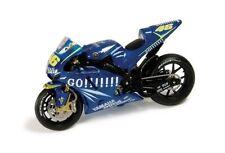 IXO Yamaha YZR-M1 2004 1:24 #46 Valentino Rossi (ITA) MotoGP (Wereldkampioen)