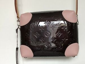 LOUIS VUITTON PATENTED SHINY LEATHER DARK RED CROSS-BODY BAG £1260 20%OFF £999