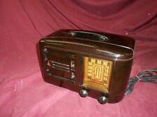 Emerson 336 Bakelite table radio