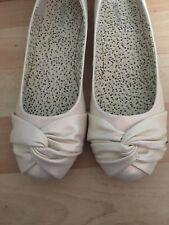ladies size 5 flat shoes