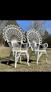 Vintage Peacock Back Wicker Chairs. Cottage Shabby Chic. Great Chairs!