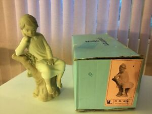 """THINKER, LITTLE BOY""  8.25"" LLADRO (Spain) Porcelain #4876 Mate (Box)"