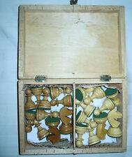 Schachfiguren aus dem Erzgebirge in Holzcassette, König ca. 82 mm