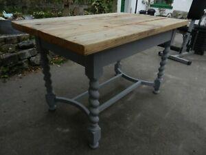 UNIQUE SCAFFOLD BOARD TOP GREY SOLID OAK TABLE - GOOD CONDITION - INDUSTRIAL
