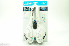 Selle SMP TRK Gel Women's Trekking Bicycle Saddle White