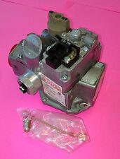 """Robertshaw 700-057 24 Volt Furnace Boiler Gas Valve 1""""  7000DERHC  NEW"""
