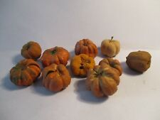 10 DOLLS HOUSE MINIATURE WITCHES PUMPKINS ORANGE