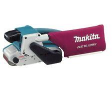 "Makita 3"" x 21"" Belt Sander 8.8 Amp with Variable Speed"