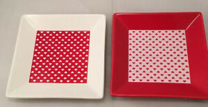 Avon Valentines Day Lovely Heart Square Plates Set of 2 Red White Stoneware