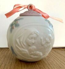 1997 Lladro Christmas Porcelain Ball Ornament Angel Mother Mary