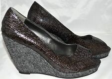 Intaglia Veva Charcoal Gray Snake Embossed Faux Leather Wedge Shoes Sz 7.5M NWOB