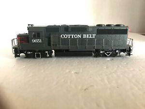 HO SCALE - ATHEARN BLUE BOX - SOUTHERN PACIFIC GP40 #9651
