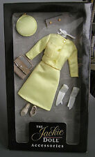 FRANKLIN MINT - JACKIE KENNEDY YELLOW VIVE JACQUI FRANCE VISIT OUTFIT - NRFB