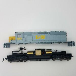 HO Scale Athearn #4419 SD40-2 L&N 1262 Locomotive Louisville & Nashville
