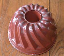 Gefertigt Nach 1945 Metallobjekte Alte Shabby Metall Guglhupf Backform Braun-rot