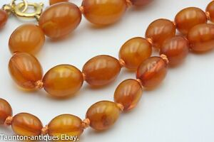 Antique egg yolk butter scotch honey amber knotted bead necklace 15.8 g