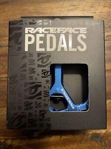 Raceface Atlas Aluminum Flat Pedals Blue