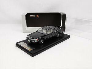 Lincoln Town car de 1996 noire 1/43 Premium X