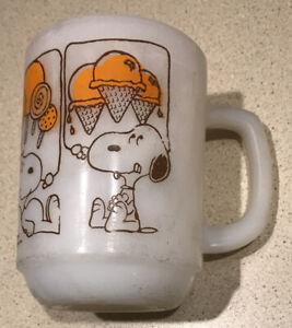 Vintage Fire King Cup Mug Snoopy Orange Ice Cream Candy Sweet Dreams Peanuts