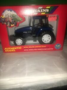 Britains New Holland 8560 1:32 Ford Authentic Model 9488. Rare. New On Box.