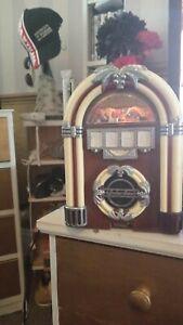 Mini jukebox radio working perfectly