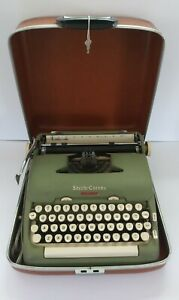 Vintage Smith-Corona Green 5TE Electric Typewriter w/ Brown Case & KEY! Rare!