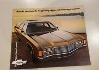 Original 1971 Chevrolet Station Wagon Sales Brochure 71 Chevy Kingswood Nomad