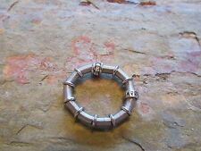 Jarretiere 18 KT White Gold Diamond Stainless Steel Ring ESTATE Vintage Stretch