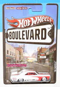 HOT WHEELS BOULEVARD REAL RIDERS '66 CHEVELLE WHITE