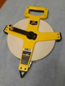 Komelon Fiberglass Contractors Tape 300 Ft
