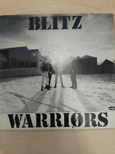 """7"""" Vinyl 45. Blitz, Warriors. Oi 16. 1982. No Future Records"""