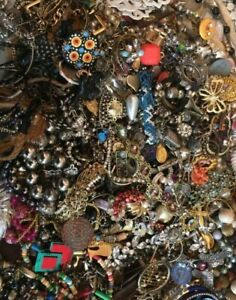 EXTENDED SALE 20/% OFF Vintage Jewelry Med Lot 97 and Small.
