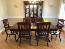 formal dining room set beautiful condition including hutch
