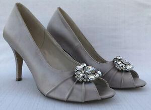 Pink Paradox London 7 Bride Satin Peep Toe Heels Ornate Crystal Details flaws