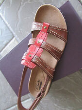 NEW CLARKS LEISA DAISY TAN STRAPPY SANDALS WOMENS 9.5 FREE SHIP
