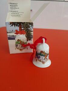 HUTSCHENREUTER Porzellan Weihnachtsglocke 1981 im Land der Wälder Sammelglocke