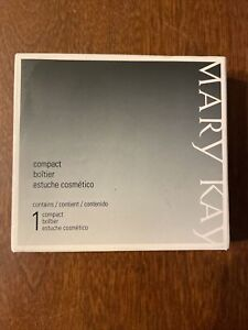Mary Kay Compact Pro Refillable Makeup Compact Unfilled Brand New In Box