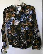 NEW!!! Van Heusen. Mixed colored floral button up long sleeve top size M